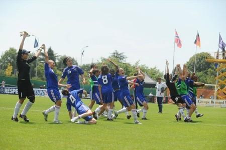 s jogadoras francesas festejam a vitória sobre a Noruega (©sportsfile)